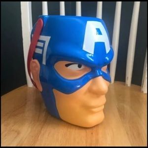 Marvel Costumes - Captain America Candy Bucket